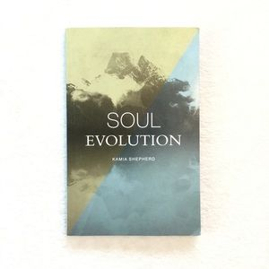 Free with purchase 🌟 Soul evolution book